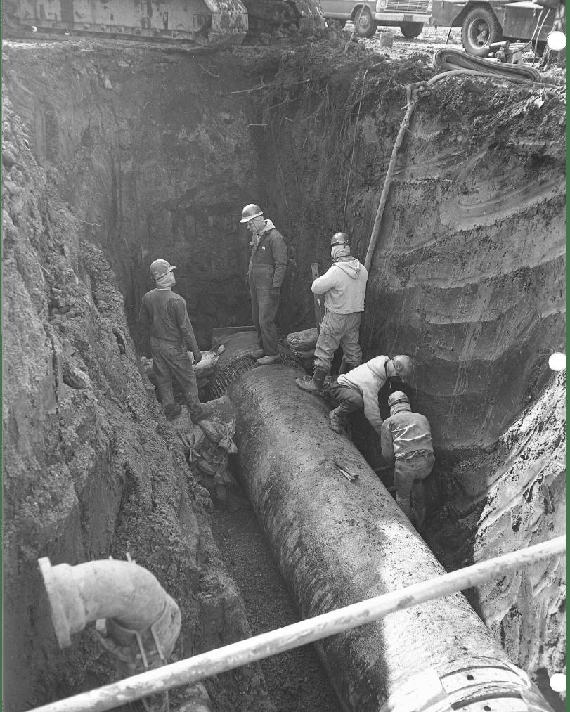 42in pipe indian creek vintage photo